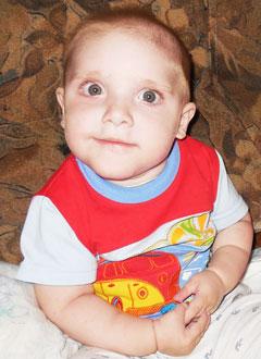 Кирилл Мухаметьянов, полтора года, детский церебральный паралич, требуется лечение. 199740 руб.
