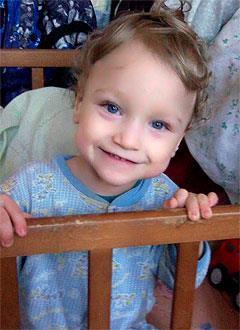 Витя Домасевич, 5 лет, детский церебральный паралич, требуется лечение. 98160 руб.