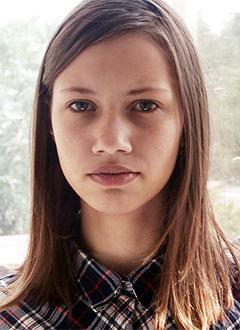 Ангелина Шубочкина, 13 лет, тяжелый врожденный порок сердца, спасет эндоваскулярная операция. 156650 руб.