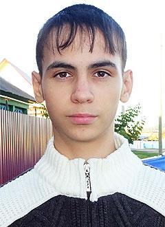 Даня Аскаров, 14 лет, врожденный порок сердца, спасет эндоваскулярная операция, требуется окклюдер. 259098 руб.