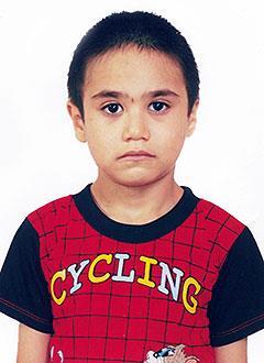 Динислам Закиров, 9 лет, тяжелый врожденный порок сердца, спасет операция, требуется протез клапана легочной артерии. 213745 руб.