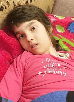 Даша Дубовая, 11 лет, детский церебральный паралич, требуется инвалидное кресло-коляска. 193444 руб.